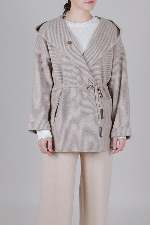 By emile] cashmere hood knit coat [beige]